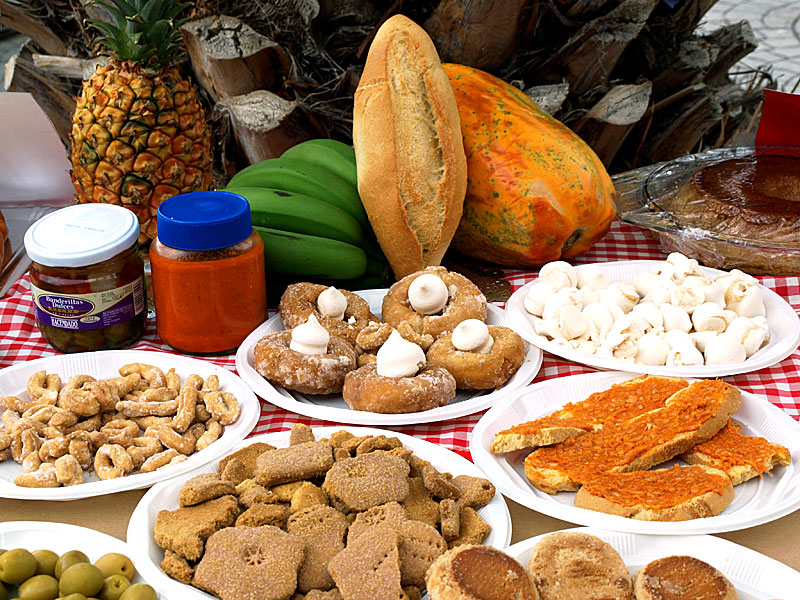 Gastronom a aquapark costa teguise lanzarote for Mesa cocina tenerife